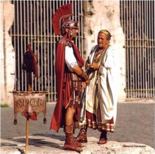 er Senatore cor Centurione - Roma (3108 clic)