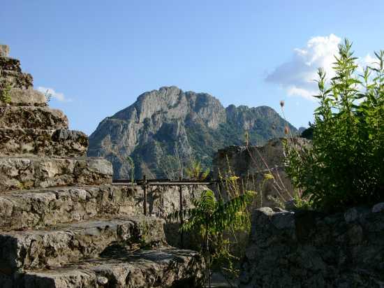 SAN GIOVANNI THERESTI - Pazzano (3135 clic)