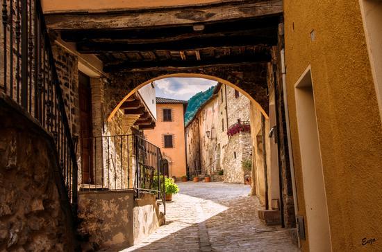 Anticho Borgo... - Esanatoglia (251 clic)