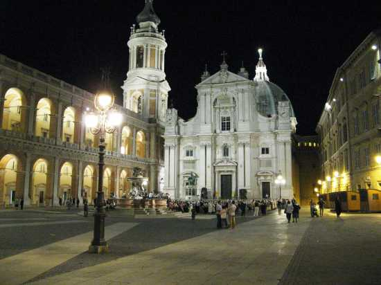 La Basilica - Loreto (6870 clic)