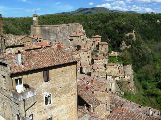 Scorcio Panoramico - Sorano (2309 clic)