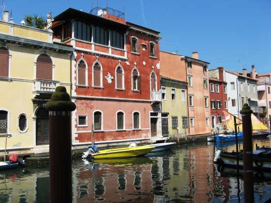 Riflessi nel canale - Chioggia (2949 clic)