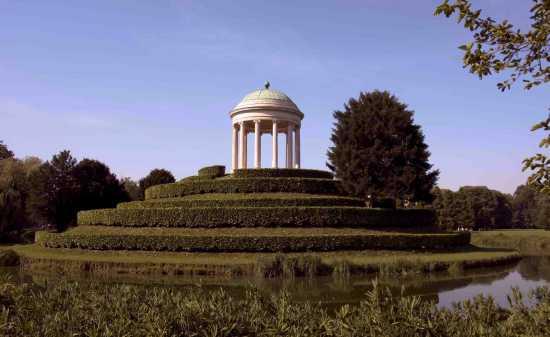 monumento al parco - VICENZA - inserita il 15-Sep-09