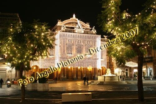 Le festività sfarzose - Catania (2622 clic)