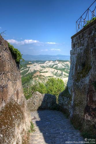 Lazio, Viterbo, Civita di Bagnoregio (2976 clic)