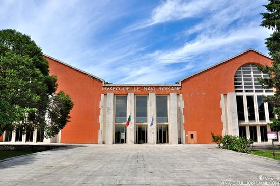 Museo delle navi romane - Nemi (2008 clic)