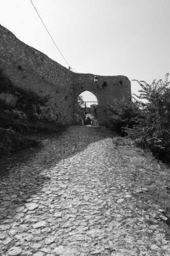 La porta - Roccasecca (1905 clic)