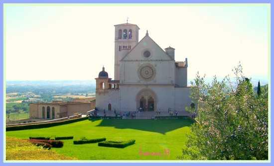 ASSISI La Basilica di San Francesco (2839 clic)