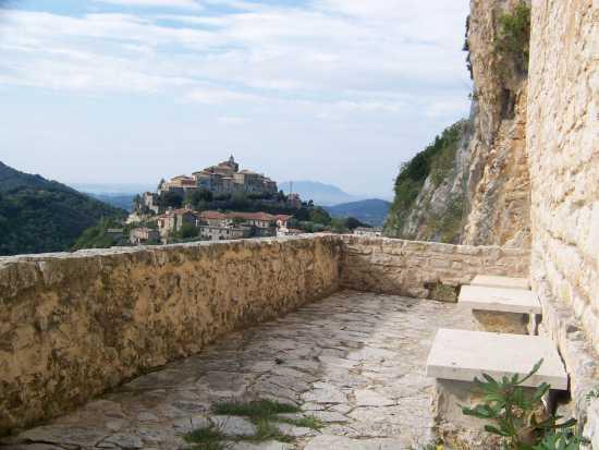 Panorama di Cottanello dall'Eremo di San Cataldo (3560 clic)