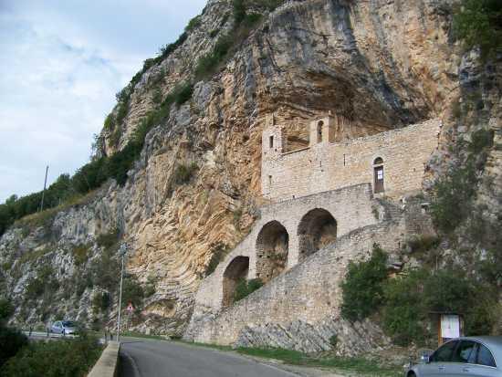 Cottanello L'Eremo di San Cataldo (3921 clic)