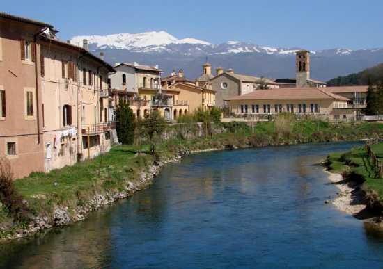 Il fiume va - Rieti (2652 clic)