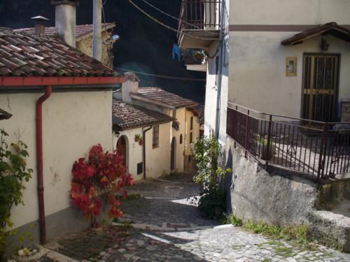 VICOLO - Tagliacozzo (2898 clic)
