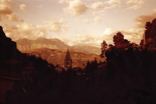 PANORAMA DALLA CHIESA DEL SOCCORSO - Tagliacozzo (2765 clic)