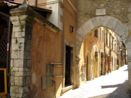 PORTA DE' MARSI - Tagliacozzo (2740 clic)