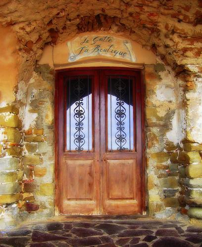 Antico negozio... - Santa maria di castellabate (1452 clic)