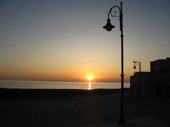 Alba a Marettimo (3890 clic)