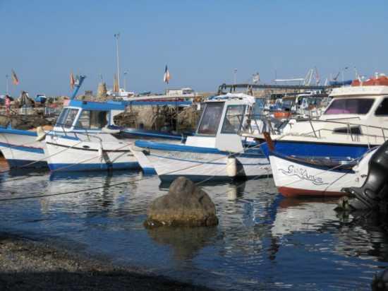 Scalo nuovo a Marettimo (4109 clic)