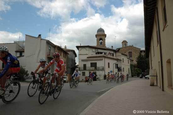 La corsa ciclistica - Cannara (1989 clic)