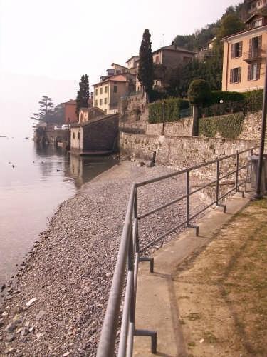 Riva del Tenciuu - Laglio (2616 clic)