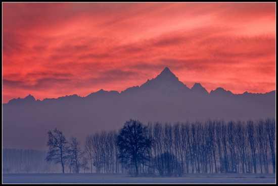 Tramonto sul Monte Viso | NONE | Fotografia di DARIO BONETTO