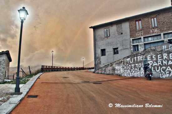 l'arcobaleno - Castelluccio (2067 clic)