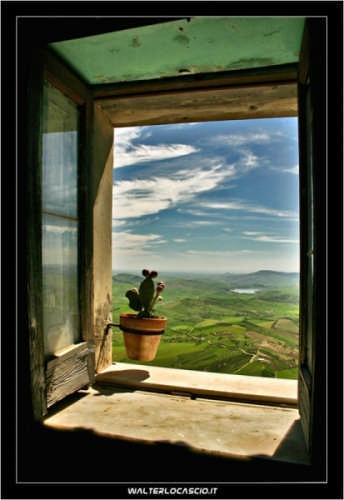 La finestra Siciliana - Agira (11638 clic)