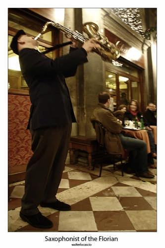 Sassofonista al Bar Florian - Venezia (3052 clic)