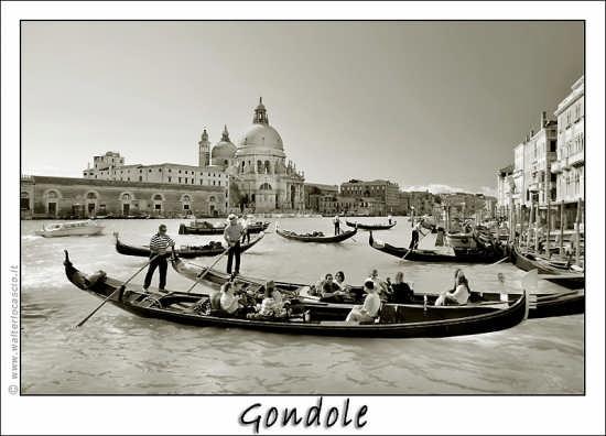 Gondole in partenza - Venezia (1908 clic)