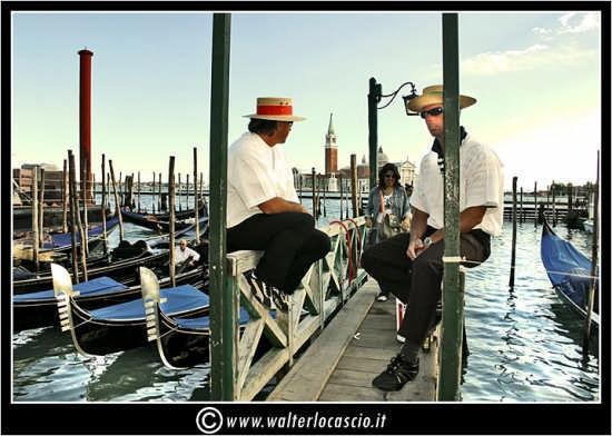 Gondolieri - Venezia (4251 clic)