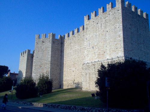 IL CASTELLO DELL'IMPERATORE - Prato (2245 clic)