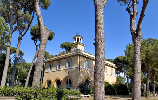 A piazza di Siena - ROMA - inserita il 30-Oct-09