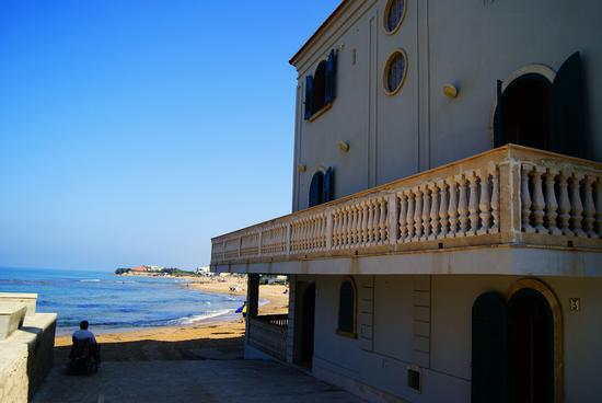 Casa del Commissario Montalbano - Punta secca (1723 clic)