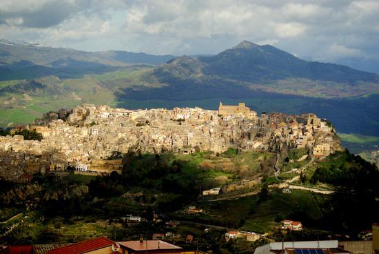 Paessaggio di Calascibetta (1505 clic)