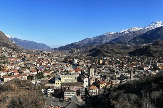 Susa vista dalle colline ad ovest della città (7644 clic)