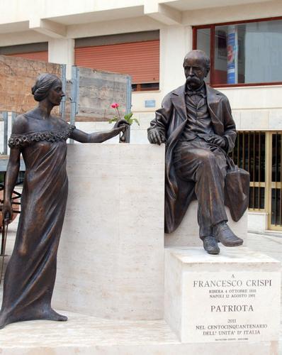 Monumento a Francesco Crispi - Ribera (2458 clic)