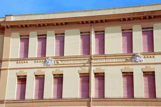 Scuola elementare F. Crispi - Ribera (4363 clic)