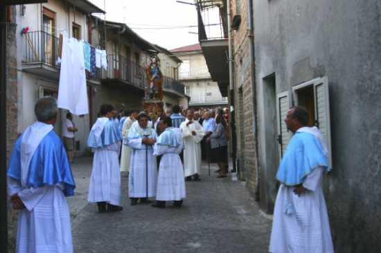 Festa di S. Rocco - Processione per le vie del paese - Simbario (3343 clic)