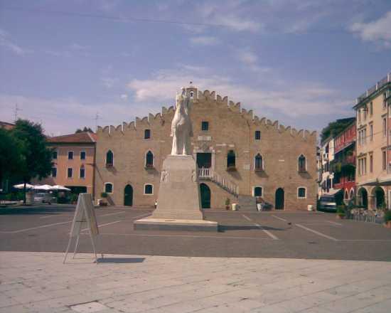 Palazzo del Municipio  - Portogruaro (2334 clic)