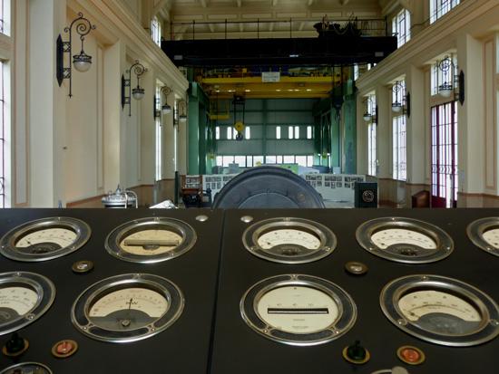Centrale elettrica Farneta: sala turbine - Montefiorino (4545 clic)