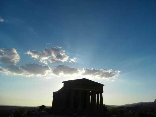 Tempio della Concordia  - Agrigento (3019 clic)