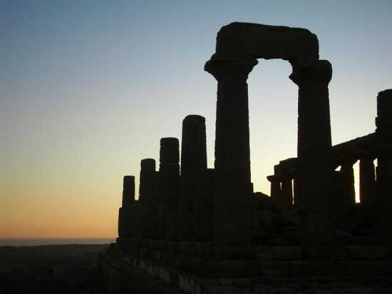 Tempio al tramonto - Agrigento (2828 clic)
