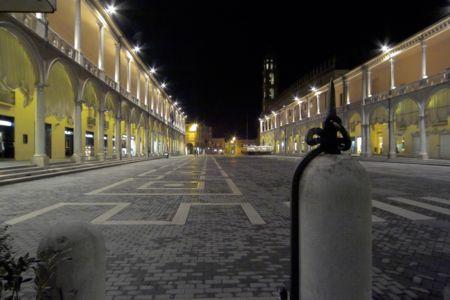 Piazza del Popolo Faenza (3067 clic)