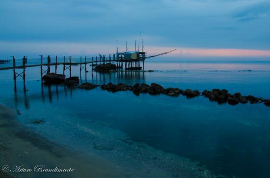 Trabocco pesce palombo all'alba - FOSSACESIA MARINA - inserita il 12-Mar-12