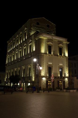Palazzo Farnese - Ortona (2019 clic)