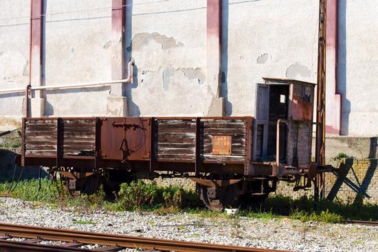Carro scudo - Stazione ferroviaria di Ortona (3196 clic)