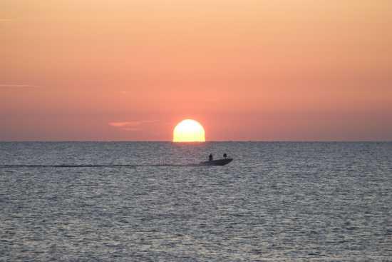 L'alba di un nuovo giorno... - Fossacesia (3935 clic)