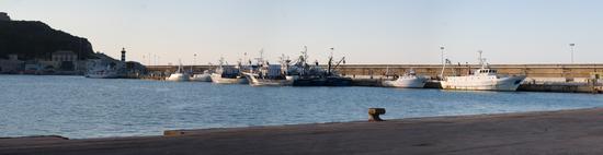 Panoramica porto di Ortona molo nord (mandracchio) (1880 clic)