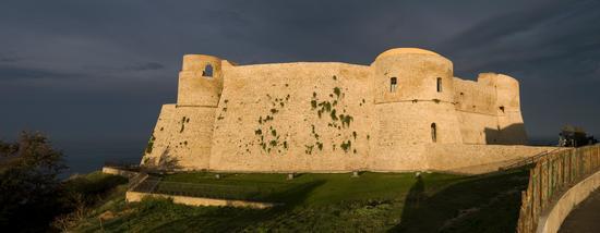 Veduta del  castello Aragonese - Ortona (1636 clic)