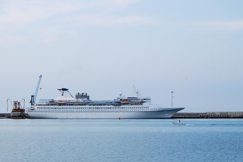 Nave del G8 - ORTONA - inserita il 05-Dec-09