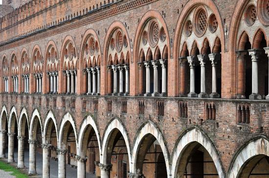 Pavia, Castello Visconteo (1350 clic)